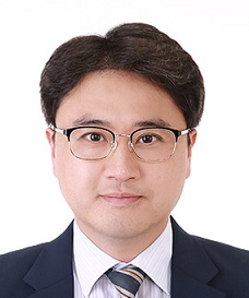 Dr. Juseuk Kim : Operation's Coordinator